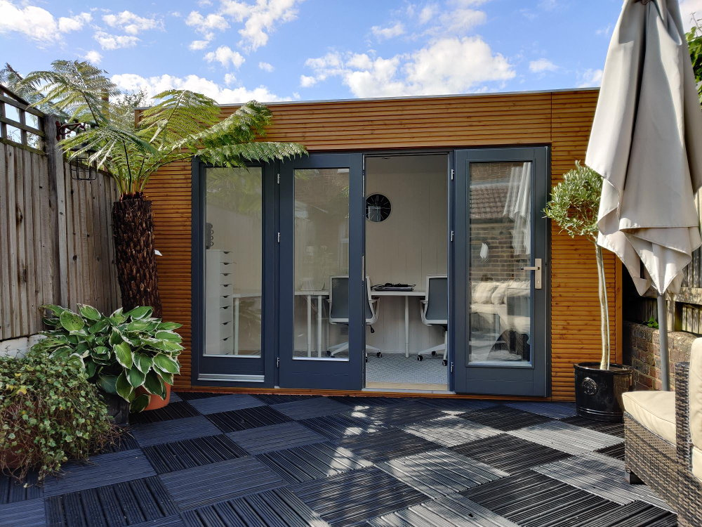 contemporary garden building linea