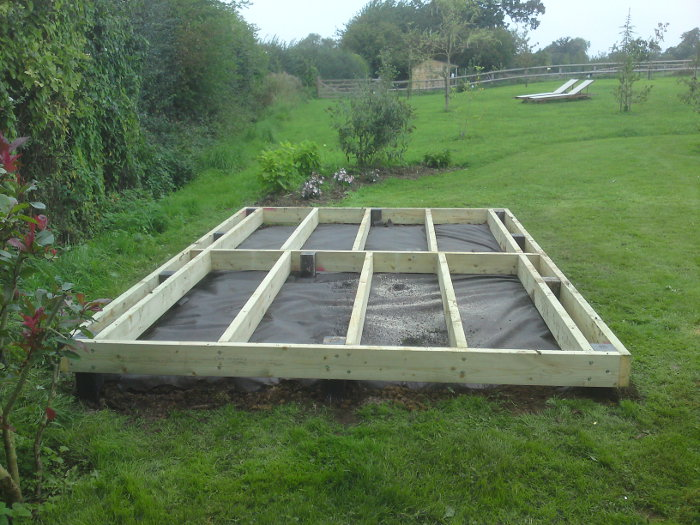 Deck base for garden building