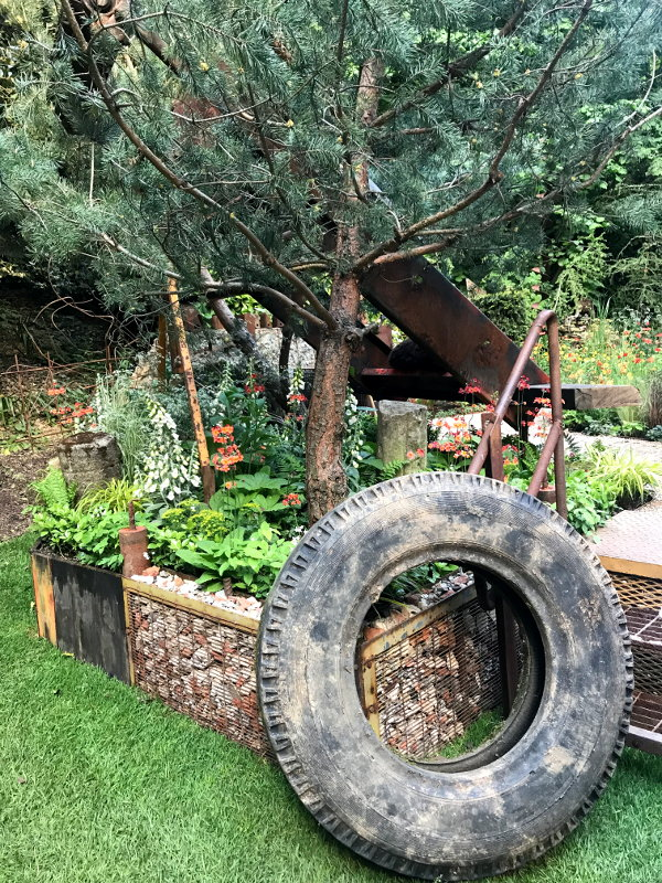 recycling materials in the garden