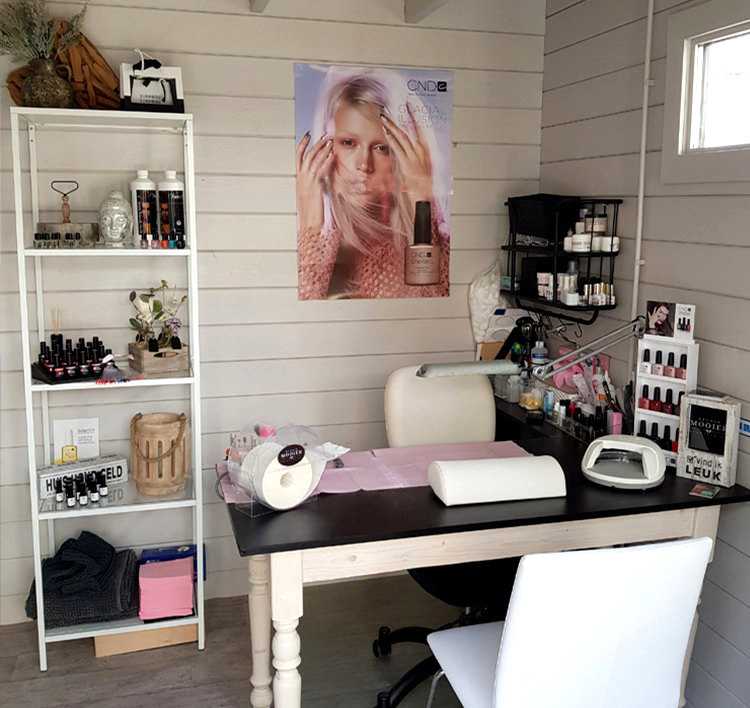 Nail bar home business in garden cabin