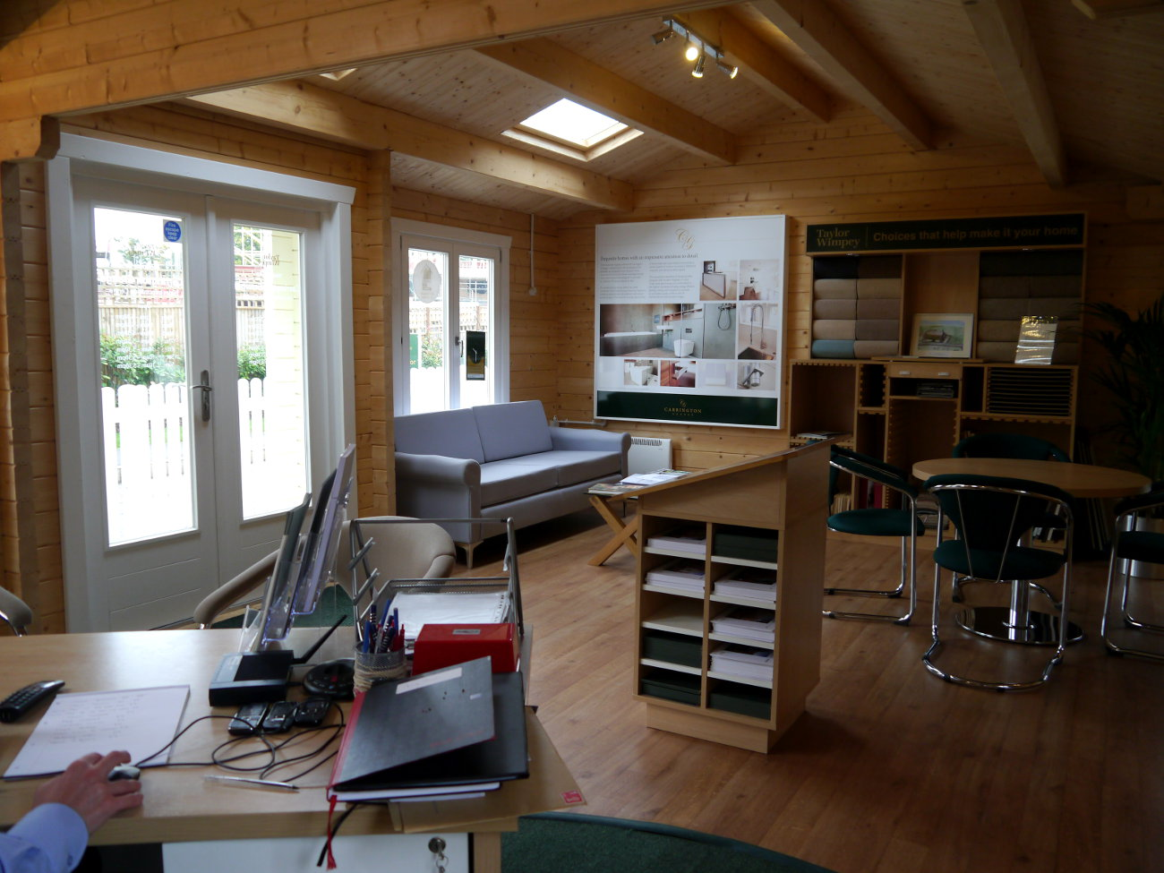 images of an office. Many Of Our Garden Office Clients Are Home-based But Not Self-employed, Course. A Growing Number Companies Offer The Option For Employees To Work Away Images An