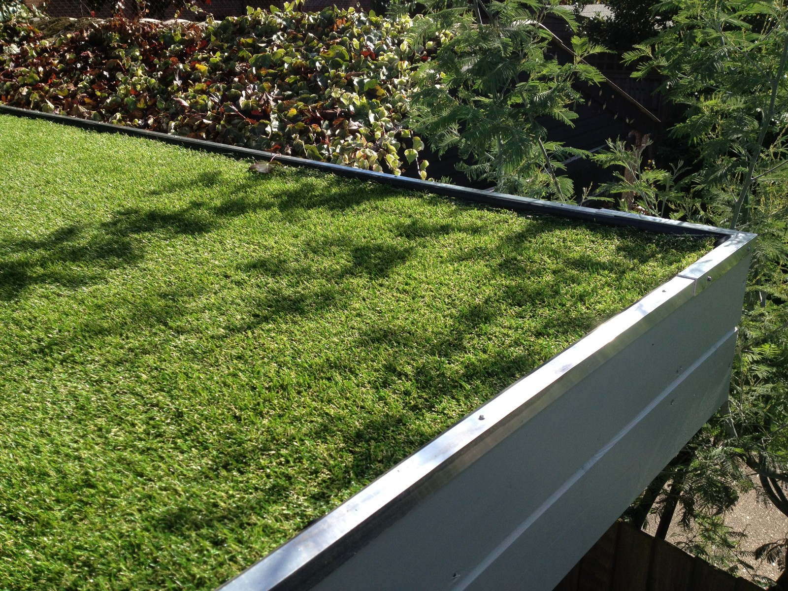 Top Tips Choosing Roofing Materials For Your Garden Building