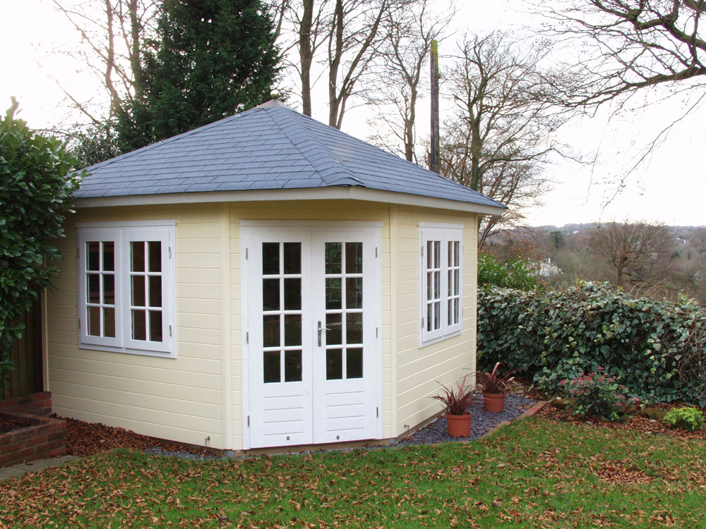 Garden offices case study corner garden office for Garden rooms kent