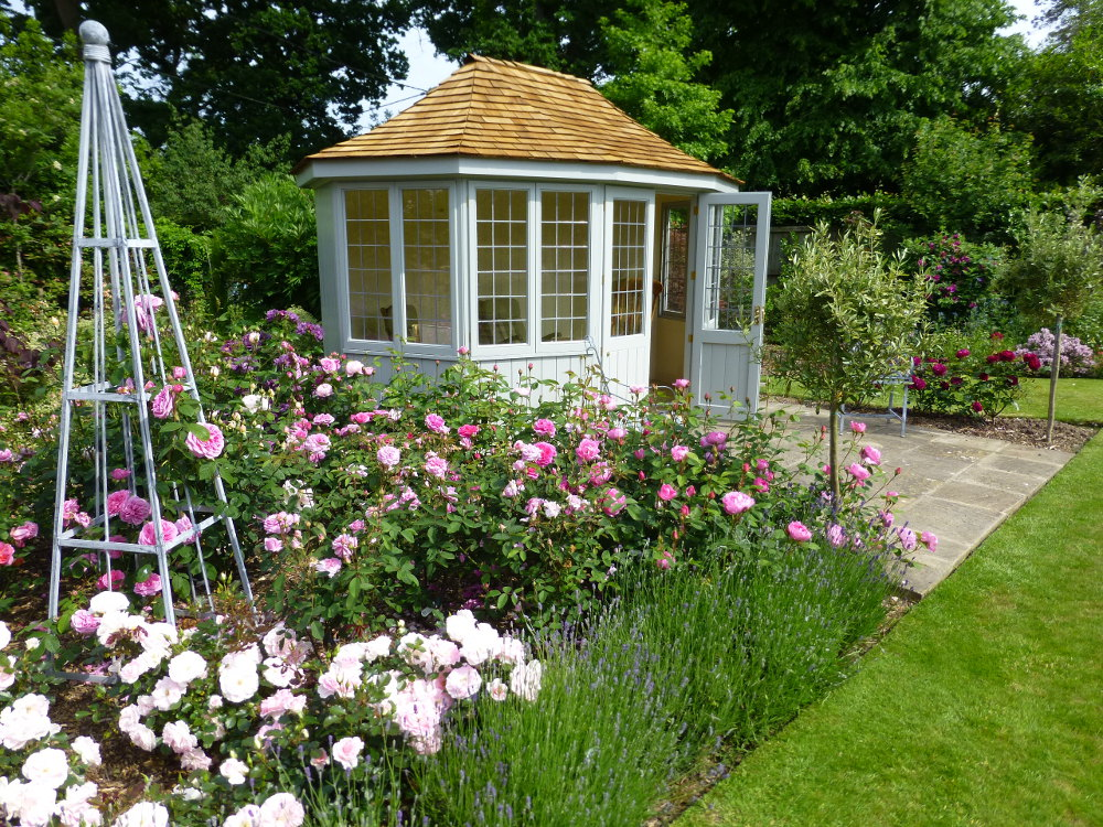 Summerhouse Offer! Save 10%